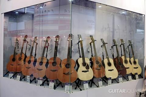吉他平方展位Santa Cruz Lowden Lakewood众多私人定制款原声吉他