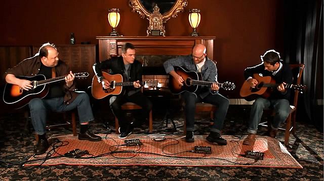 众乐手使用L.R.Baggs多款原声吉他拾音器共同演奏《In The Round》